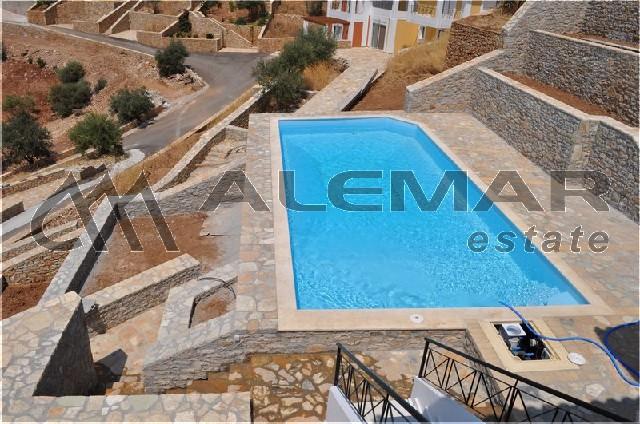 Недвижимость в греции у моря виллы